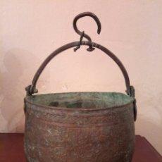 Antigüedades: ANTIGUO PEROL DE COBRE SIGLO XIX. Lote 174264202