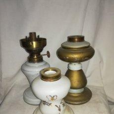 Antigüedades: 3 BASES DE QUINQUE SIN MAQUINA Y 1 DE ELLAS CON MAQUINA. MIRA LAS FOTOS.. Lote 174264852