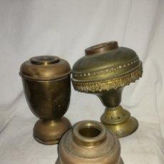 Antigüedades: 3 BASES DE QUINQUE DE LATON SIN MAQUINA MIRA LAS FOTOS.. Lote 174264937