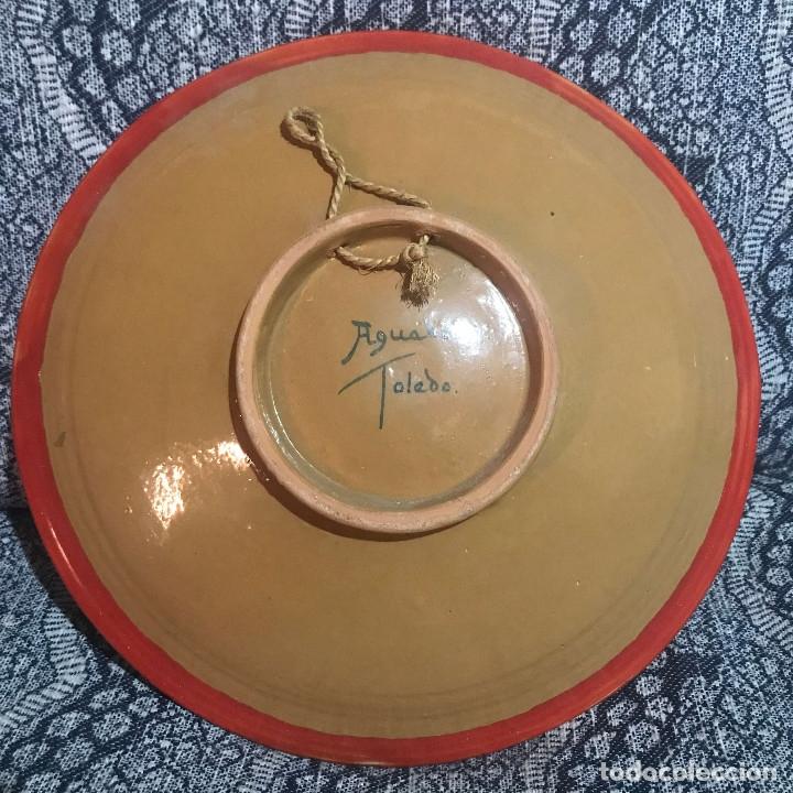 Antigüedades: Plato Aguado Toledo 30 cm motivos florales - Foto 2 - 174332094