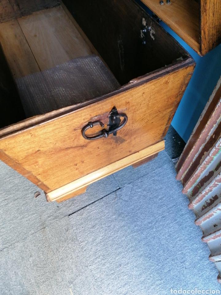 Antigüedades: Baúl de roble tallado en muy buen estado - Foto 4 - 174357427