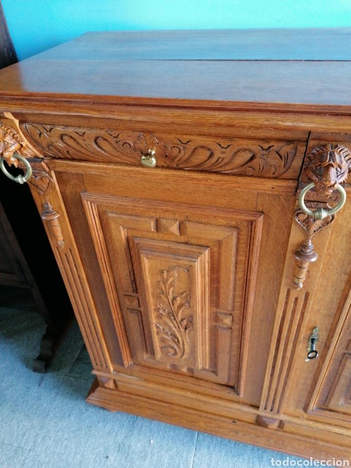 Antigüedades: Aparador de roble muy bonito antiguo en buen estado con señales de uso normales - Foto 2 - 174358685