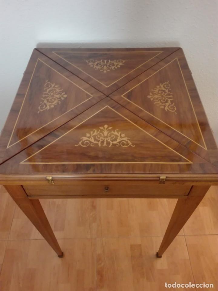 Antigüedades: Mesa de juego de pañuelo. Solo recogida. - Foto 12 - 174403920