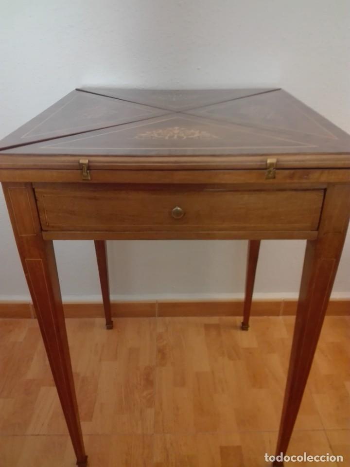 Antigüedades: Mesa de juego de pañuelo. Solo recogida. - Foto 2 - 174403920