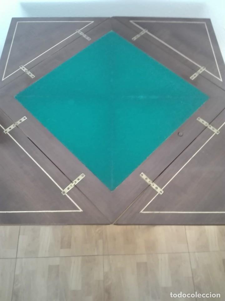 Antigüedades: Mesa de juego de pañuelo. Solo recogida. - Foto 8 - 174403920
