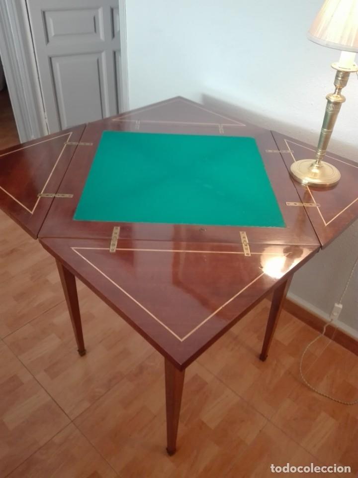 Antigüedades: Mesa de juego de pañuelo. Solo recogida. - Foto 9 - 174403920