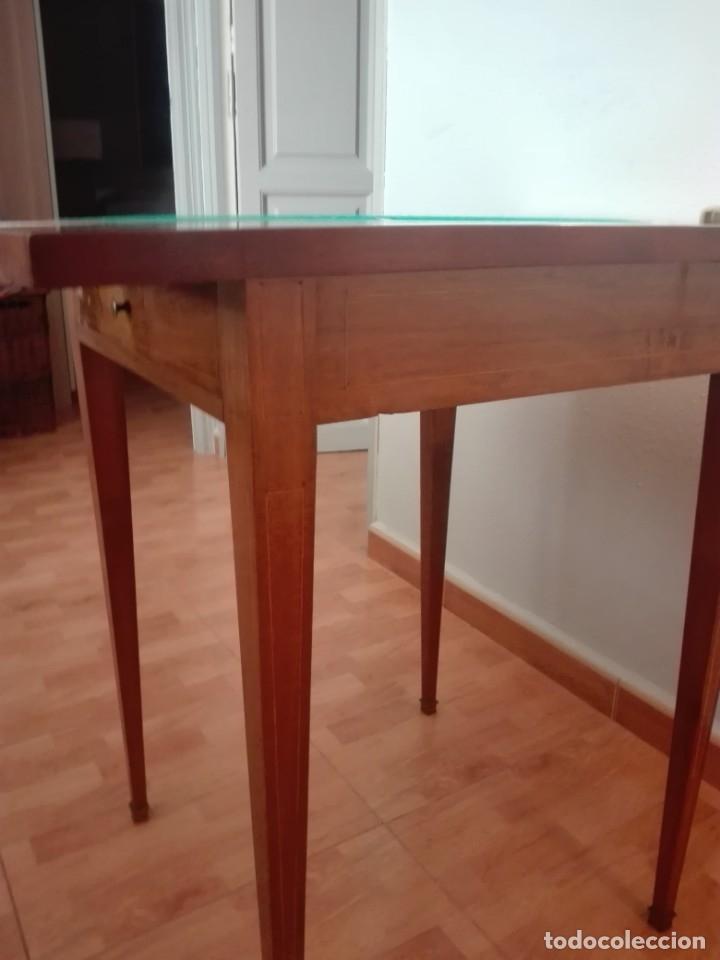 Antigüedades: Mesa de juego de pañuelo. Solo recogida. - Foto 10 - 174403920