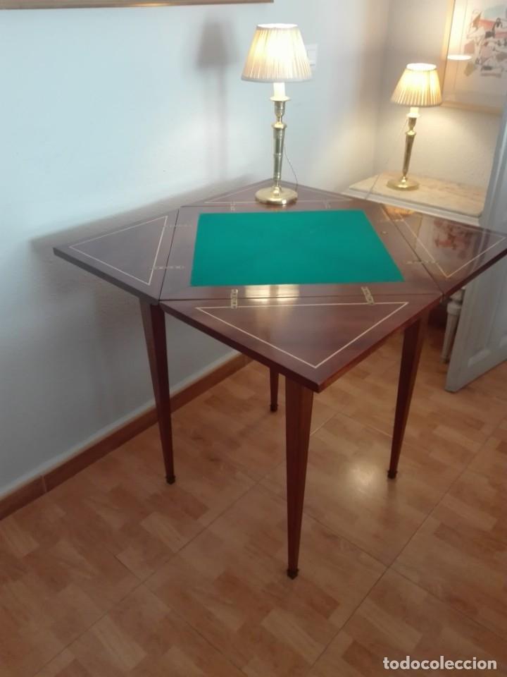 Antigüedades: Mesa de juego de pañuelo. Solo recogida. - Foto 11 - 174403920