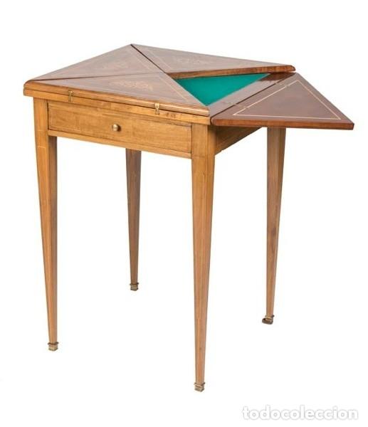 MESA DE JUEGO DE PAÑUELO. SOLO RECOGIDA. (Antigüedades - Muebles Antiguos - Mesas Antiguas)