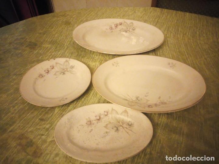LOTE DE 3 FUENTES Y 1 PLATO DE CERÁMICA LA CARTUJA PICKMAN,MOTIVO FLORAL,SIGLO XIX (Antigüedades - Porcelanas y Cerámicas - La Cartuja Pickman)