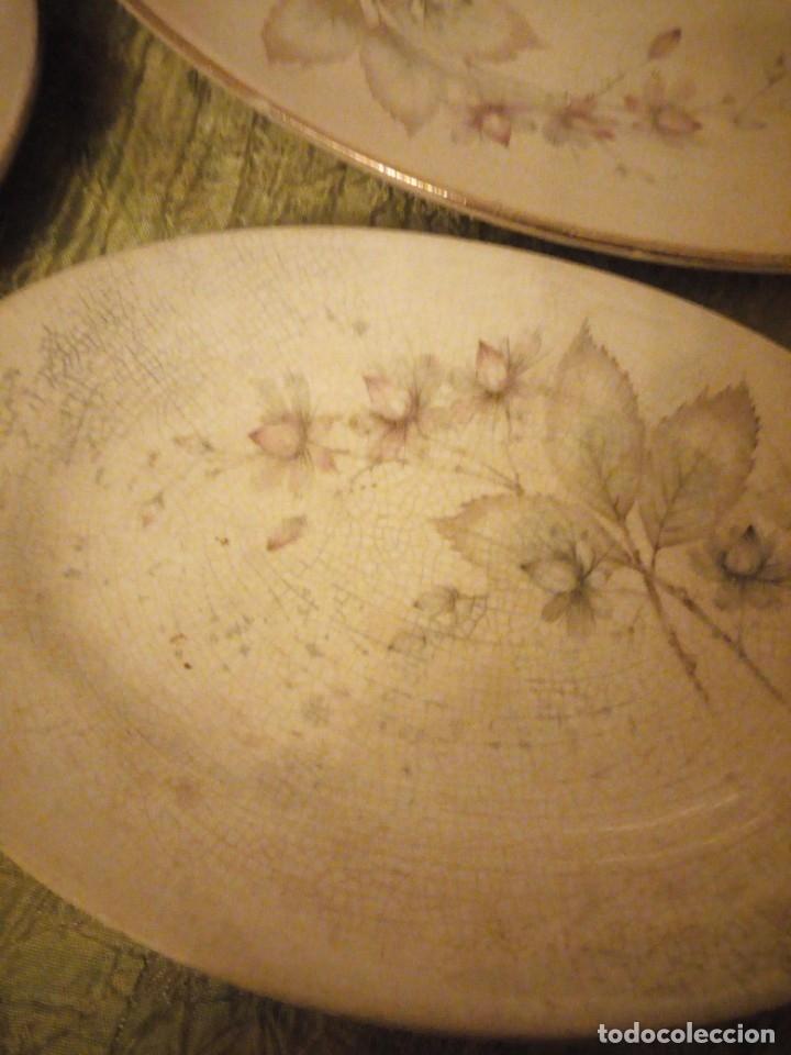 Antigüedades: Lote de 3 fuentes y 1 plato de cerámica la cartuja pickman,motivo floral,siglo xix - Foto 5 - 174459229