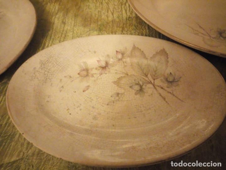 Antigüedades: Lote de 3 fuentes y 1 plato de cerámica la cartuja pickman,motivo floral,siglo xix - Foto 10 - 174459229