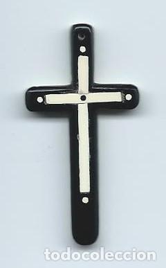 CRUZ DE BAQUELITA. BLANCO Y NEGRO. POSITIVO Y NEGATIVO. CON SU CAJA, JOYERIA MIGUEL NAVARRO, MURCIA. (Antigüedades - Religiosas - Cruces Antiguas)