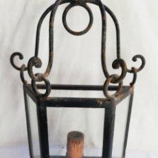 Antigüedades: FAROL DE PARED. APLIQUE EN HIERRO Y CRISTAL. LAMPARA. Lote 174498364