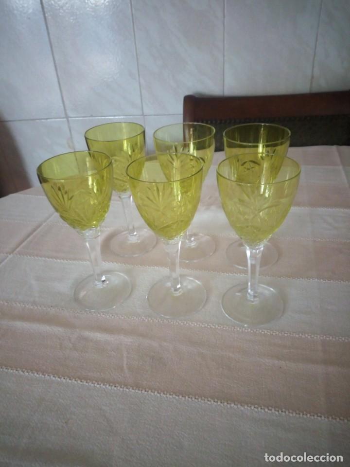Antigüedades: Cristal de Bohemia Tallado 6 Copas de vino en Color verde,talla estrella diamante, república checa - Foto 2 - 174527108