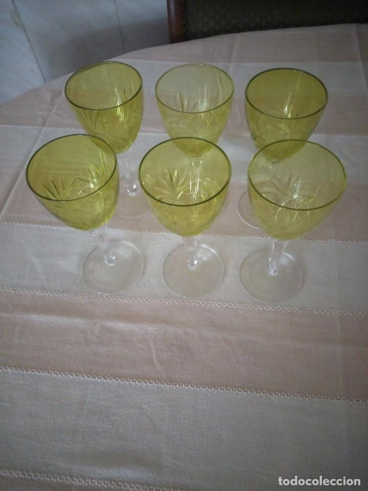 Antigüedades: Cristal de Bohemia Tallado 6 Copas de vino en Color verde,talla estrella diamante, república checa - Foto 3 - 174527108