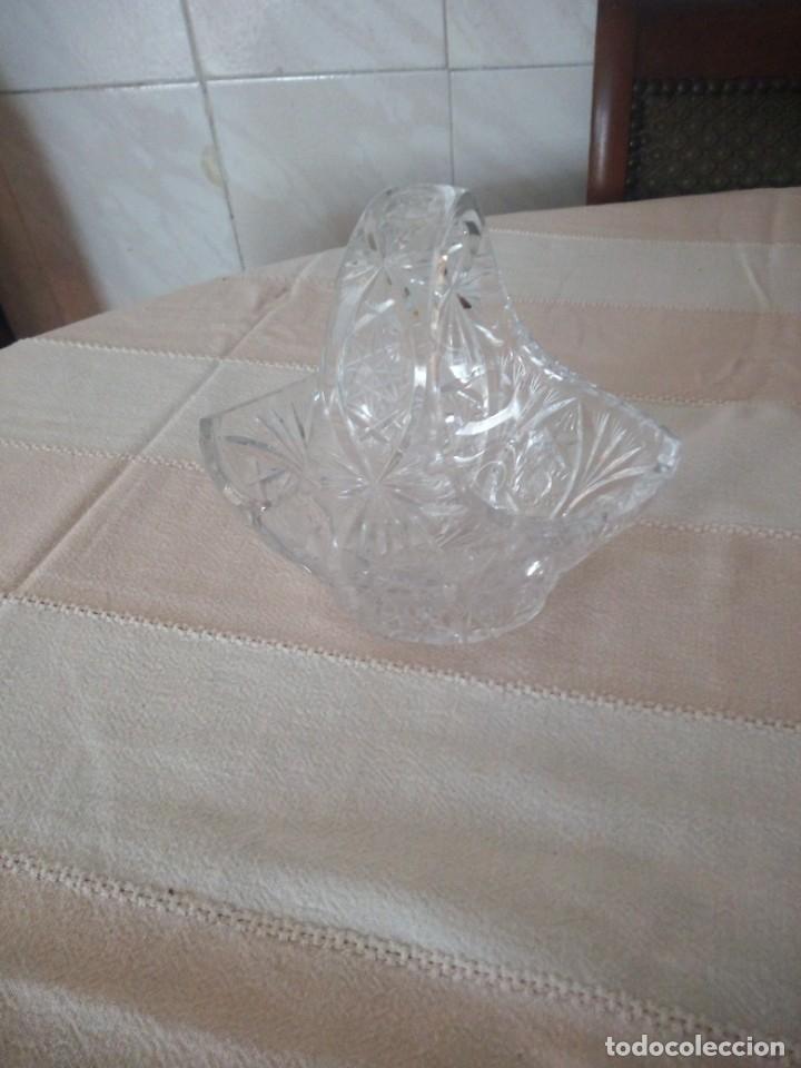 Antigüedades: Cristal de Bohemia cesto de caramelos talla estrella diamante, república checa - Foto 2 - 174527399