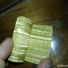Antigüedades: GRAN GALON ORIGINAL ORO METAL METALICO , ANTIGUO ORIGINAL 44 X 5 CM - ALTA CALIDAD IDEAL VIRGEN. Lote 174544467