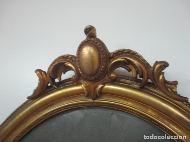 Antigüedades: Espejo, Cornucopia - Madera Tallada y Dorada, en Pan de Oro - Espejo Plateado Original - S. XIX - Foto 4 - 174555743