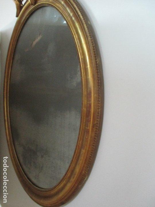 Antigüedades: Espejo, Cornucopia - Madera Tallada y Dorada, en Pan de Oro - Espejo Plateado Original - S. XIX - Foto 5 - 174555743