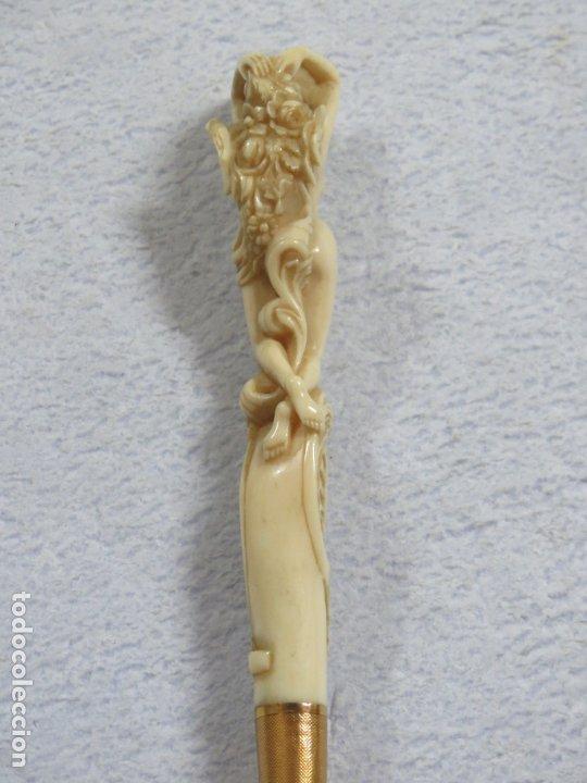 Antigüedades: INSOLITO BASTON DE MARFIL TALLADO VENUS DESNUDA DATA DEL SIGLO XVIII, DE ORIGEN FRANCES,ORO DE 18 CT - Foto 6 - 174571157