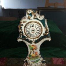 Antigüedades: RELOJ DE PORCELANA. Lote 174571325