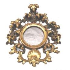 Antigüedades: ESPEJO CORNUCOPIA TALLA MADERA DORADA PAN DE ORO S XIX. MED. 16 X 19 CM. Lote 174917020