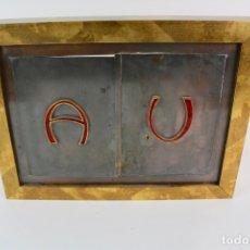 Antigüedades: SAGRARIO DE METAL CON ESMALTE (LETRAS ALFA Y OMEGA). SIGLO XX.. Lote 174944403