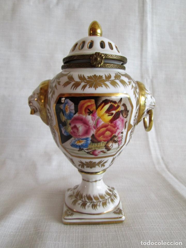 Antigüedades: TIBOR INCENSARIO DE PORCELANA - POSIBLEMENTE MEISSEN - FIRMADO - Foto 9 - 174952920