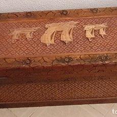 Antigüedades: BAUL CON TRES BARCOS. Lote 174954930