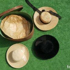 Antigüedades: CONJUNTO DE 3 SOMBREROS DE MUJER CON SU CAJA. Lote 174960339