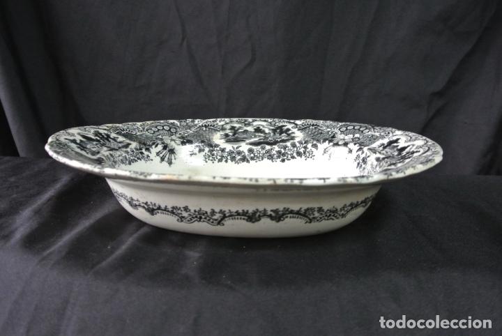Antigüedades: Antigua bandeja de cerámica, ovalada. Pickman. La cartuja - Foto 2 - 174990790