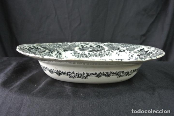 Antigüedades: Antigua bandeja de cerámica, ovalada. Pickman. La cartuja - Foto 8 - 174990790
