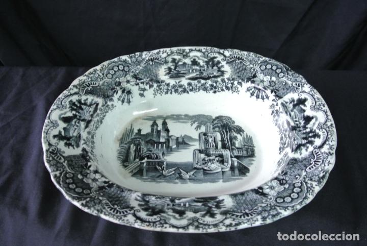 Antigüedades: Antigua bandeja de cerámica, ovalada. Pickman. La cartuja - Foto 15 - 174990790