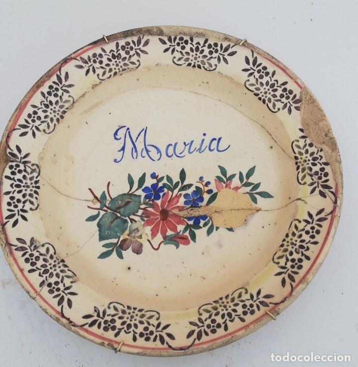 PLATO ANTIGUO DE LARIO PERIODO CLASICO 30 CMS. DE DIAMETRO INSCRIPCION DE MARIA (Antigüedades - Porcelanas y Cerámicas - Lario)