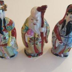 Antigüedades: MONJES CHINOS DE PORCELANA. Lote 175022940