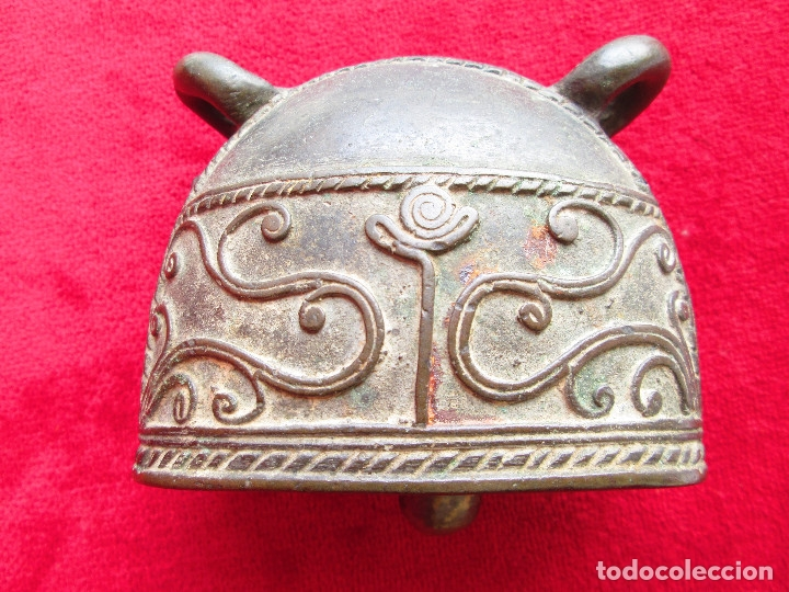 Antigüedades: ORIGINAL CAMPANA PARA COLGAR DE BRONCE MACIZO CON FILIGRANAS Y RELIEVES - Foto 6 - 175109922