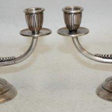 Antigüedades: PAREJA DE CANDELABROS DE PLATA - 500 GRAMOS -. Lote 175125645
