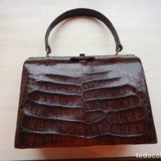 Antigüedades: MARAVILLOSO BOLSO ANTIGUO DE PIEL DE COCODRILO.. Lote 175192938