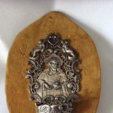 Antigüedades: BENDITERA EN PLATA DE LEY ,CON IMAGEN DE SAGRADO CORAZÓN DE JESÚS ,DE COLECCIÓN . Lote 175202509