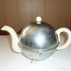Antigüedades: HEATMASTER VINTAGE / RETRO TETERA AISLADO CHROME TEA POT CA. 1950. Lote 175205405