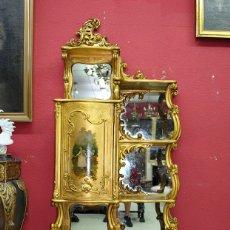 Antigüedades: VITRINA ANTIGUA ESTANTERÍA LUIS XV PAN DE ORO. Lote 175214212