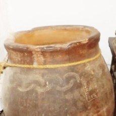 Antigüedades: EXCEPCIONAL TINAJA DE 1876 FIRMADA POR EL MAESTRO ALFARERO; FRANCISCO CURRO. T // 1876 GRANADA //. Lote 175238280