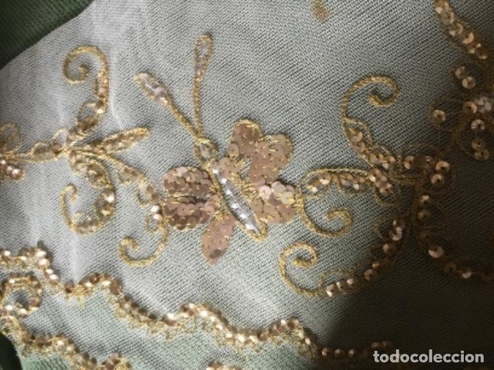 Antigüedades: Delicado conjunto de manteleta y delantal antiguo-bordado sobre tul-infantil - Foto 4 - 32561500