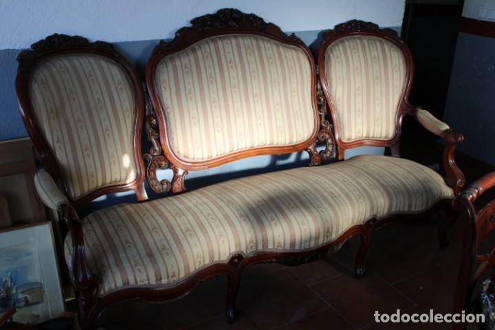 Antigüedades: sofa y sillón estilo Luis XV - Foto 2 - 175258265