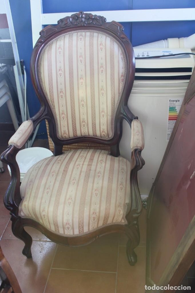 Antigüedades: sofa y sillón estilo Luis XV - Foto 3 - 175258265