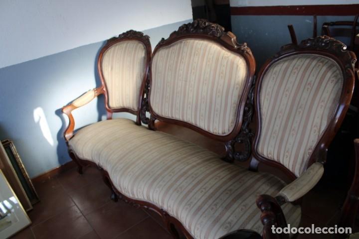 Antigüedades: sofa y sillón estilo Luis XV - Foto 6 - 175258265