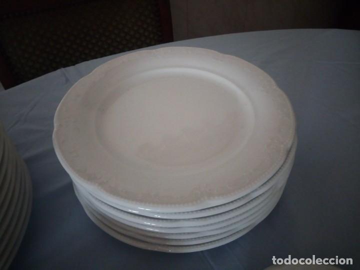 Antigüedades: vajilla de porcelana villeroy & boch germany,blanco con dibujos en relieve. - Foto 5 - 175260942
