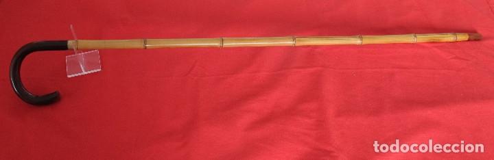 Antigüedades: Antiguo bastón de bambú con empuñadura en ámbar - Foto 2 - 175339193