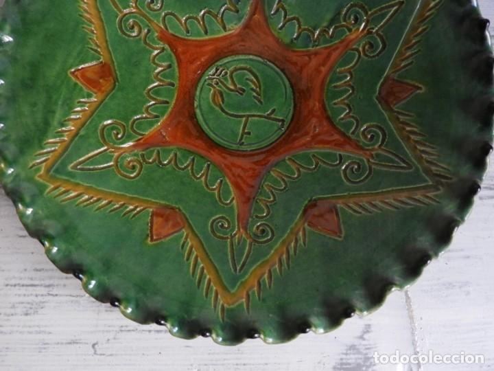 Antigüedades: PLATO DE CERAMICA DE HERMANOS ALMARZA DE UBEDA - Foto 4 - 175357164